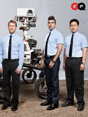 From left: Steve Sell, Bobak Ferdowsi, and Allen Chen (UCLA FEMBA 2007) from the Entry, Descent and Landing team