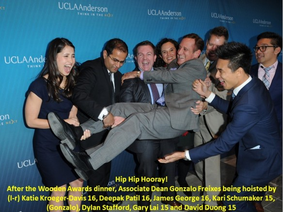 20141117 2014 Wooden Awards holding Gonzalo